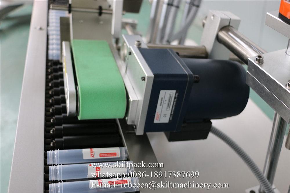 Blood Collection Tube Labeling Machine