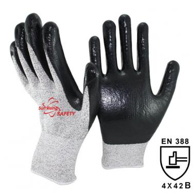 13 Gauge Cut Resistant liner Smooth Nitrile Palm Coated Glove DY1350-BLK