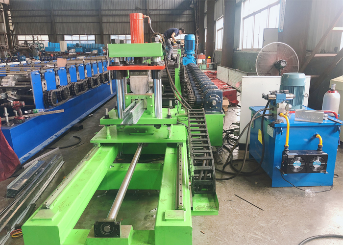 Metalconcret roll forming machine ship to Peru buyer smoothly