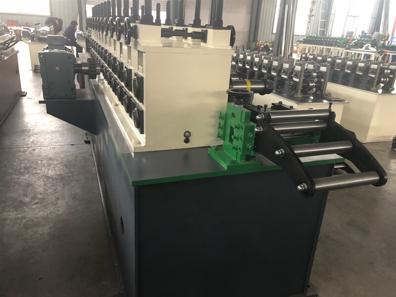 30 Meters Per Minute Servo Following Cutting Stud and Truck Roll Forming Machine