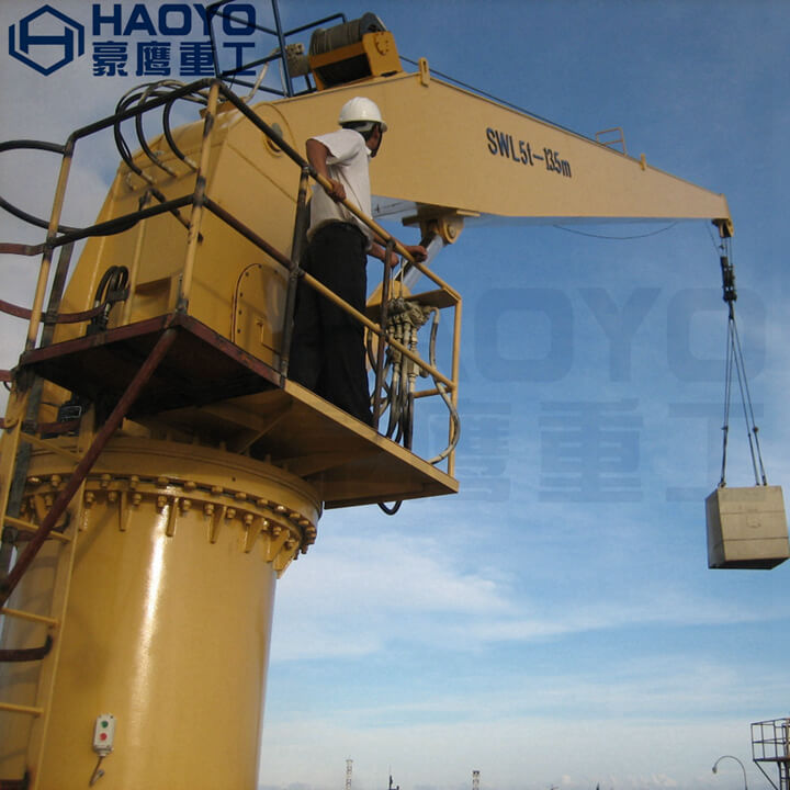 A SET Stiff Boom Marine crane has been sent to India