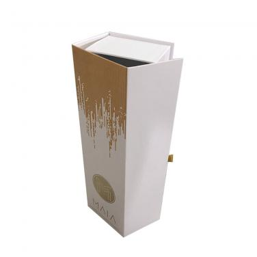 High End Cardboard Wine Carrier Box With Custom Printing