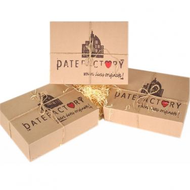 Brown kraft paper box dates packaging