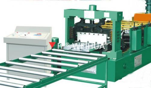 Close Deck Floor Roll Forming Machine