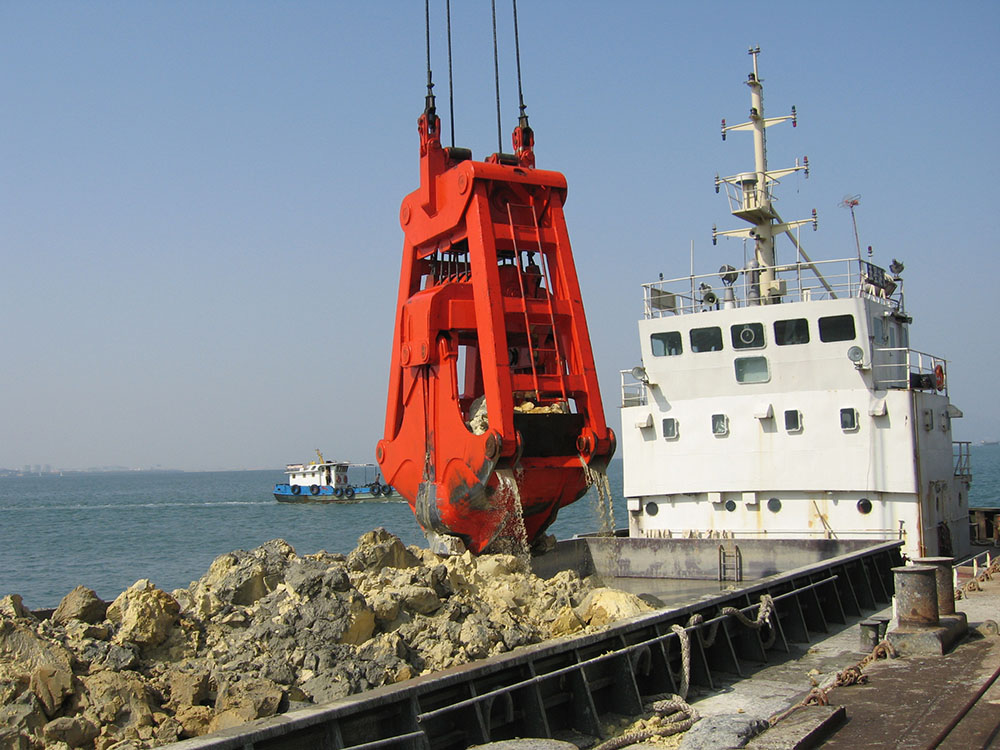 Dredging 4-Rope Clamshell Grab
