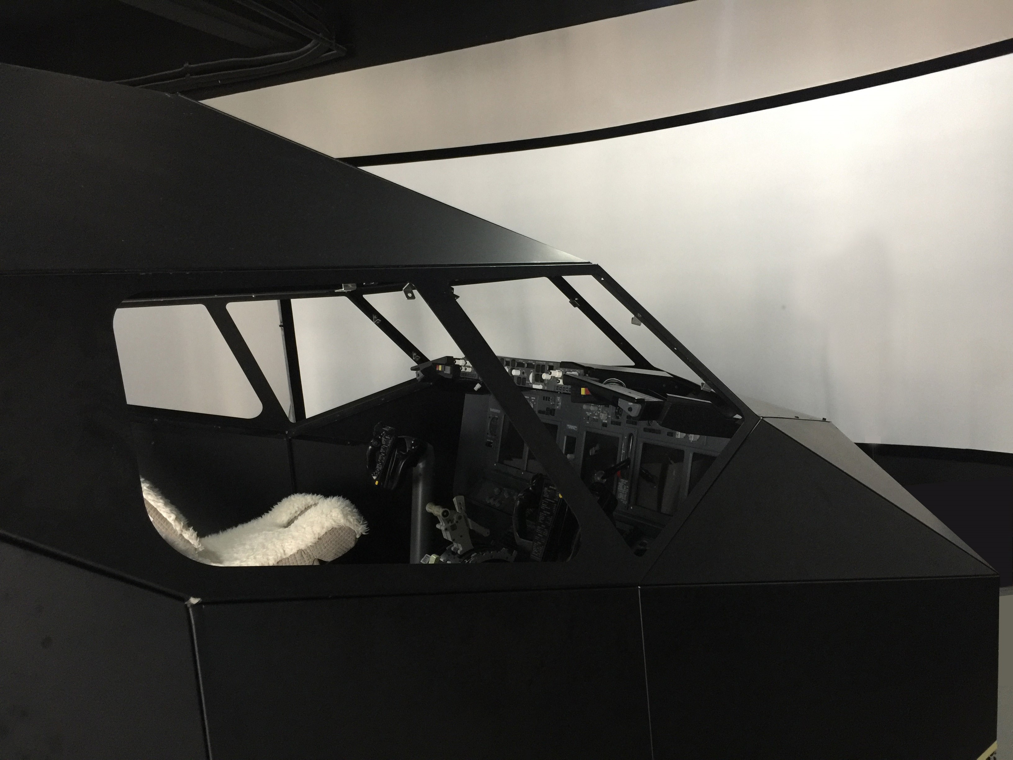 New B737 flight simulator will be ready in our Experience Center!