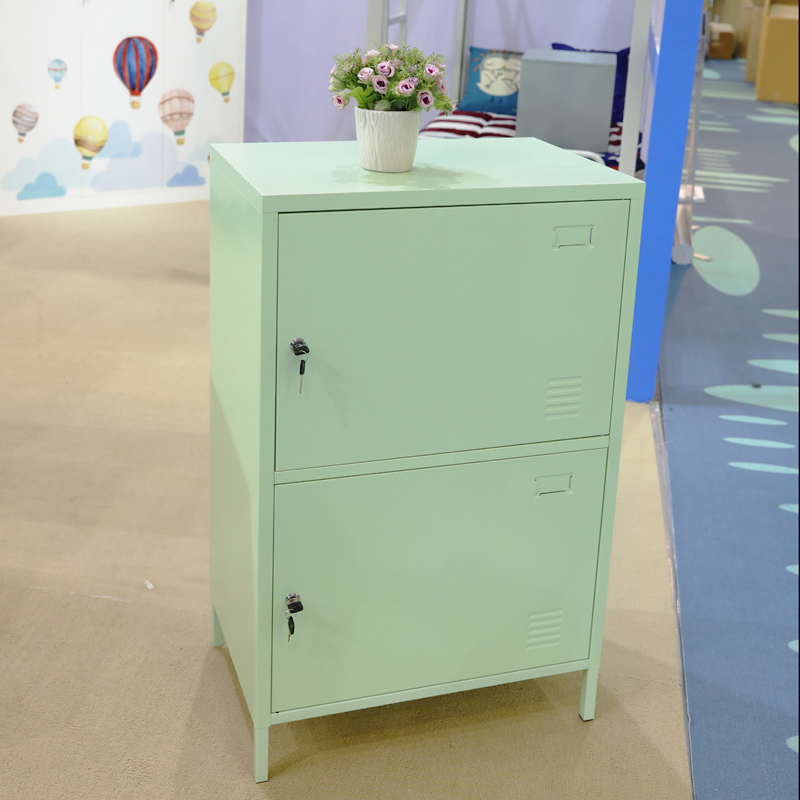 Storage cabinet with 2 doors