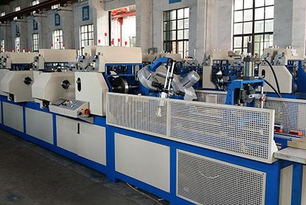 ZJK150DPU 三用纸护角生产线
