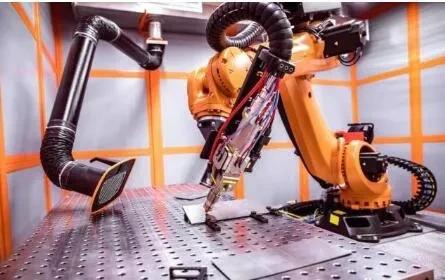 2020工業機器人:行業復蘇強勁,國產替代乘勢崛起