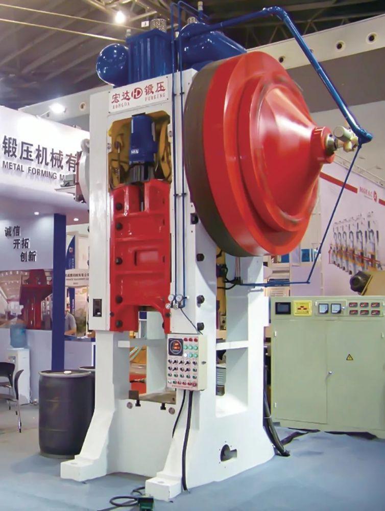 熱鍛企業熱模鍛壓力機的創新應用
