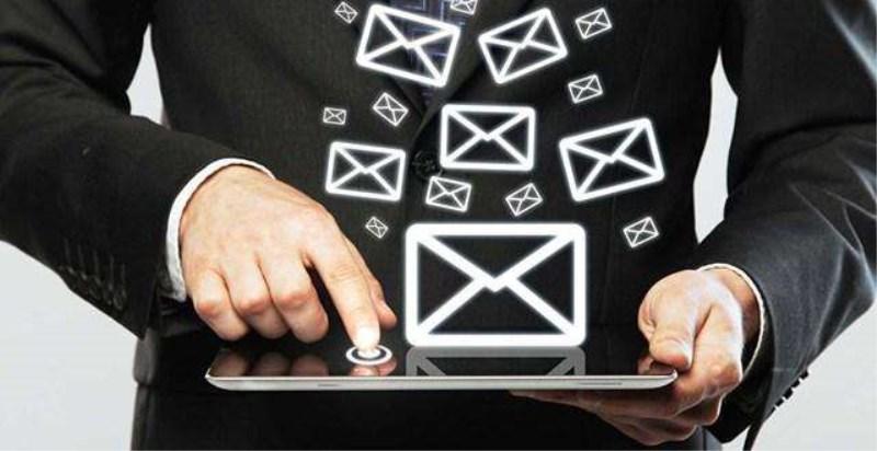 初创公司如何选择最合适的邮件营销工具?