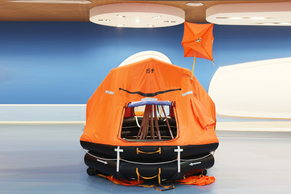 KHZD type automatically self-righting davit-launched inflatable liferafts