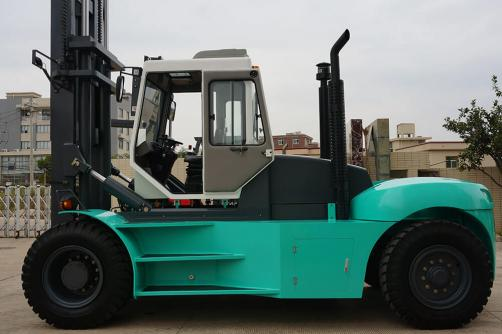 18.0-40.0T Heavy Forklifts