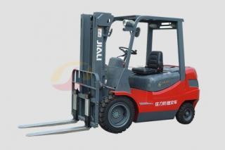 CPCD20~35內燃平衡重式叉車