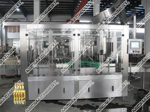 Beer filling sealing machine for glass bottle