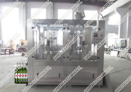 Gas drink filling capping machine for glass bottle