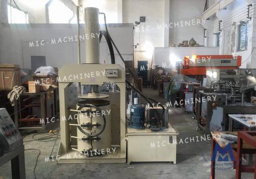 Small Automatic Aluminum Tube Paint Tube Filling Machine