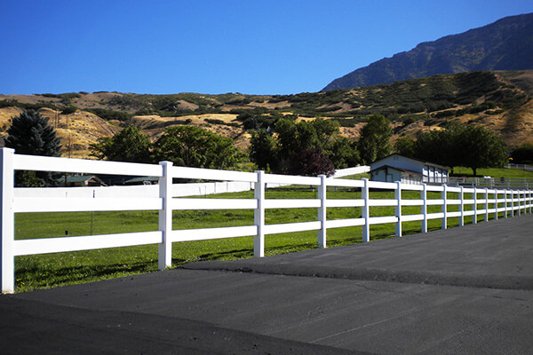 Newest Design Durable Almond Custom Pvc Horse Fence
