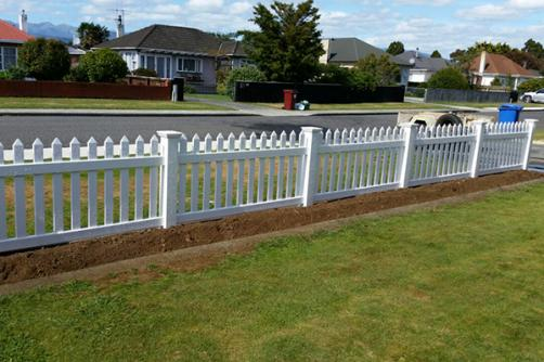 Hot Sale Unique Design High Quality PVC Picket Fence Portable