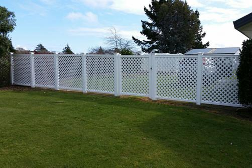 Wholesale Customized Free Maintenance Easily Assembled Pvc Lattice Fence Panels