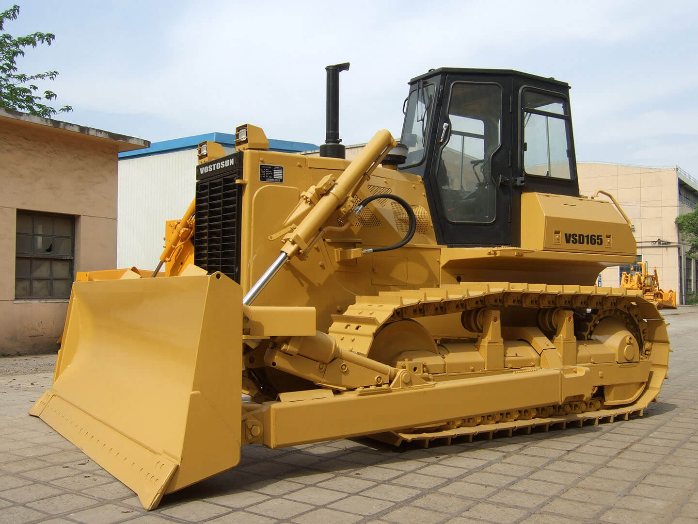 BULLDOZERS EXPORTED TO AUSTRALIA IN MAY