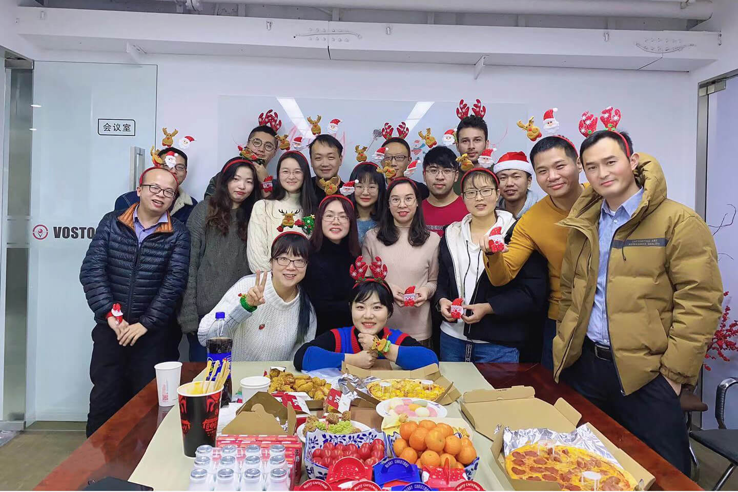 On December 25,2019,our company held a Christmas celebration event. Merry Chritmas!