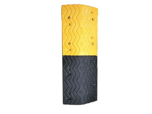 Road Safety Facility Speed Breaker Rubber Speed Bump Used for Garage