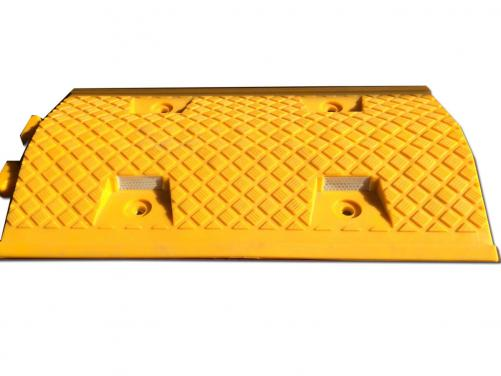 Easy to Installation Road Hump Plastic Car Ramps Speed Bump Plastic Road Hump