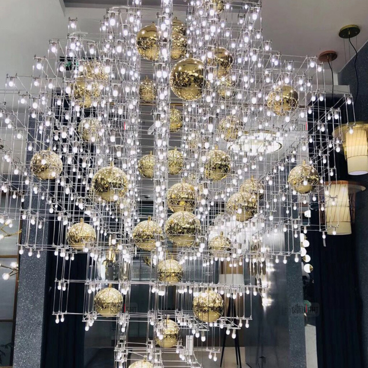 NHB014P Light Cube Art Chandelier