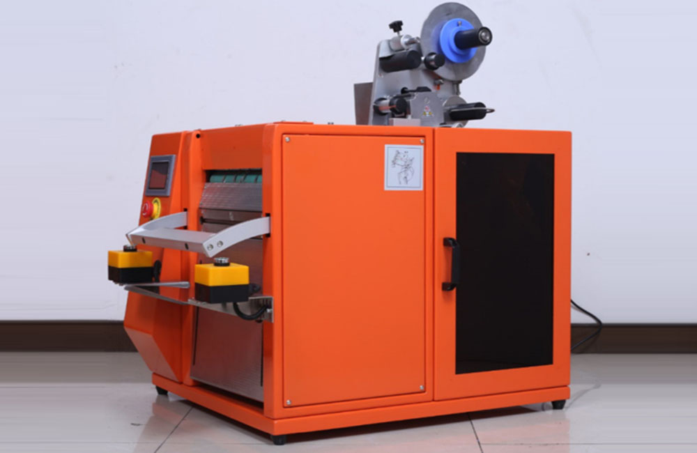 Label Bagging Machine (CCP-QCT003)