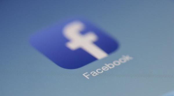Facebook因获取用户信息被罚款50万英镑