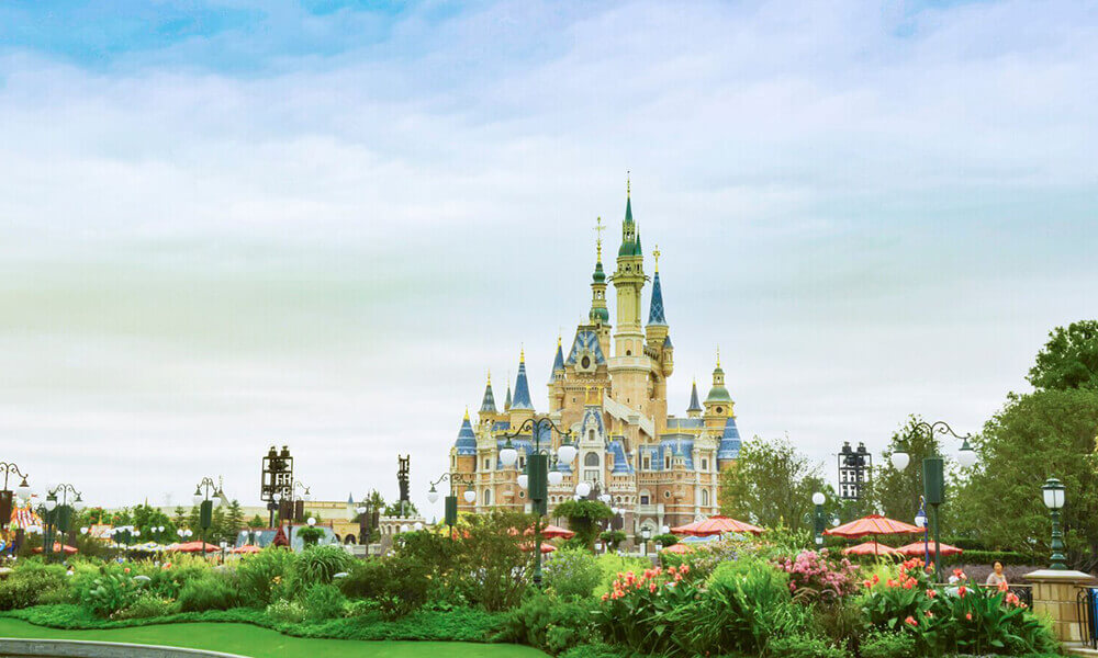 Shanghai Disneyland Park--The World Biggest Disney Land Park